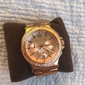 Stainless steal, Rose gold Micheal Kors watch